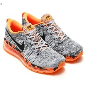 Nike Men Running Shoes!